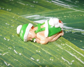 Sleeping baby decorated fimo/polymer clay Mod #9
