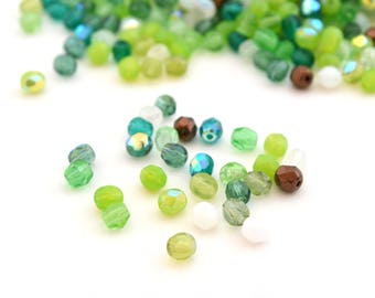 50 beads Oval 4mm Green faceted Bohemian glass