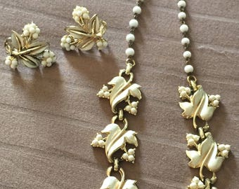 Vintage Coro Gold Necklace & Clip-On Earrings Set