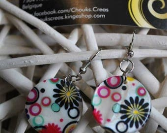 """""""Explosion of color"""" mother of pearl earrings"""