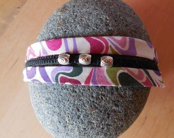 Psychedelic floral bracelet, macrame and metal beads