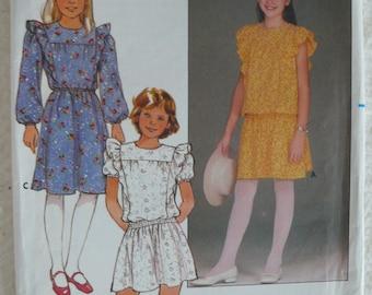 Girls Dress Pattern - Vintage Butterick 6479 - Size 7-10