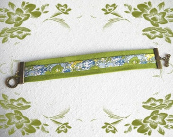 Bracelet triple green Liberty bias tape