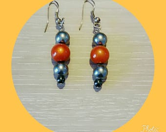 earring with black bead Pearl