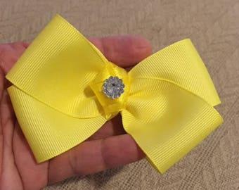 Beautiful yellow hair bow