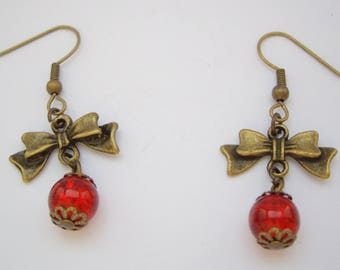 Knots and beads Craquelees red earrings
