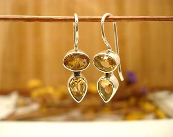 Earrings in silver and Citrine.