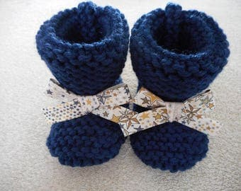 Baby booties 3/6 month Navy blue wool with his little knot liberty star.