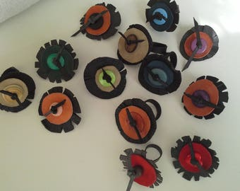 room oilcloth decorated leather and button rings