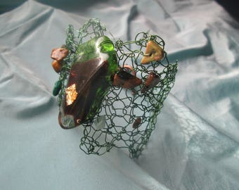 Green metal wire and resin Cuff Bracelet