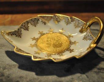 Elegant vintage porcelain dish - By Karlsbader - Victorian Couple - Gold
