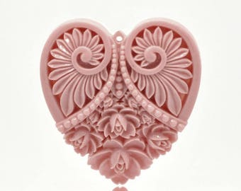 Fleur 5x4.5cm carved resin heart pendant
