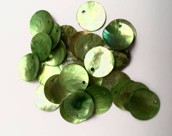 A set of 5 round sequins in mother-of-Pearl shell iridescent green 18 mm (V21)
