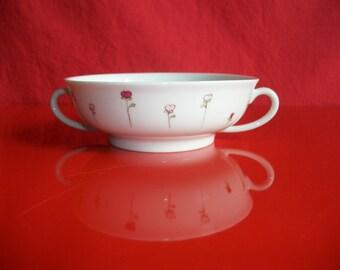 mug en porcelaine de limoges d cor la main d 39 une. Black Bedroom Furniture Sets. Home Design Ideas