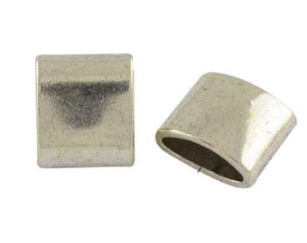 A spends leather rectangular metal, 15 x 13 mm, hole 12 x 4 mm