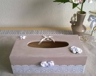 Romantic wooden tissue box