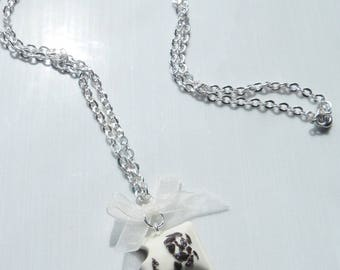 Necklace gourmet white chocolate filled with fimo