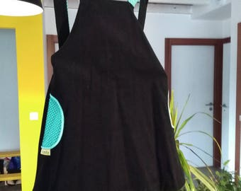 Black and green corduroy dress 4t