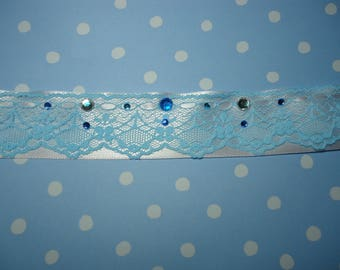 White and Light Blue Pastel Choker