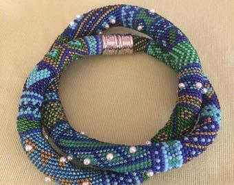Crochet tube chain, 61 cm