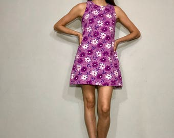 90s does 60s floral shift dress