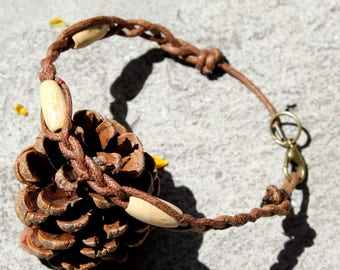 Bracelet waxed cotton and wood beads
