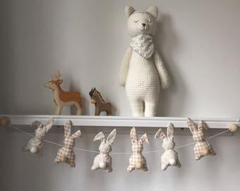 Beige and white tones bunnies Garland