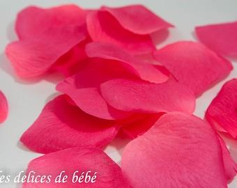 100 pétales de rose en tissus colori rose