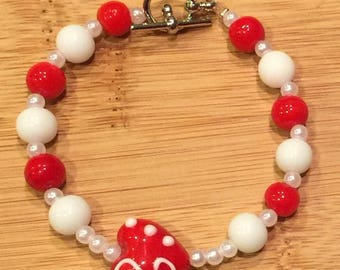 Valentines Day Red glass heart shaped beaded bracelet