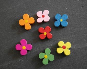 Set of 2 flower 13mm blue wooden beads