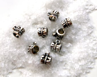 Set of 50 silver bail loop connector beads