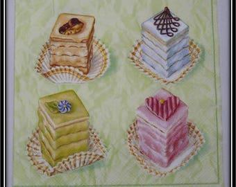 """delicious cupcakes"" paper towel"