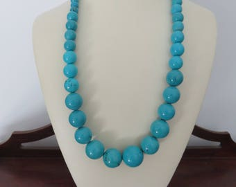Turquoise Colored Stone Beaded Chunky Woman's Necklace