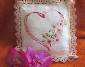 "Embroidered Pillow-bearer ""Orchid branch"""