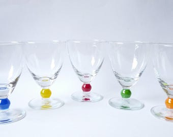 Vintage Set of 5 Wine Dessert Glasses Clear Glass Painted Handles Drink Coctail Serving Oldschool 80's