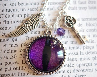 Eye of Dragon and its charms necklace