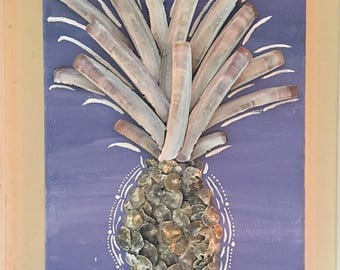 Pineapple wall dec