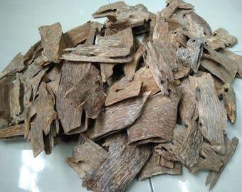 Vietnam Agarwood / Oudh / Gaharu GRADE A+ 100g