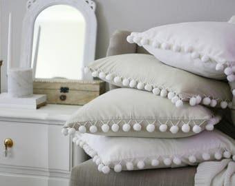 Pom Pom Pillow Cover,White Pom Pom Pillow, pillow cover, farmhouse pillow, accent pillow, accent pillow cover