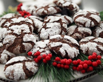 Homemade  Crinkles MELT in YOUR MOUTH. Lemon, Strawberry or Chocolate