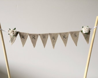 Mr and Mrs cake topper . Wedding cake topper . Cake bunting . Rustic cake topper. Linen mini bunting