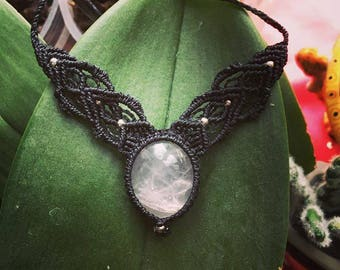 Rose Quartz and macramé tiara & Necklace