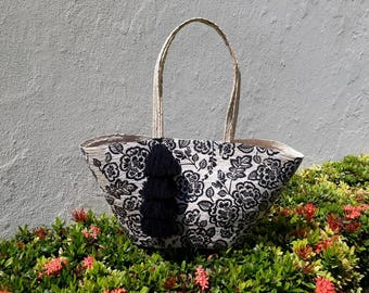 Long handle bag with black flowers