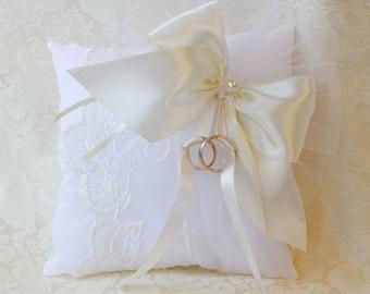 Wedding Ring Pillow Ring Bearer Pillow Wedding Pillow Wedding Ring Pillow Ring & Velvet ring pillow   Etsy pillowsntoast.com