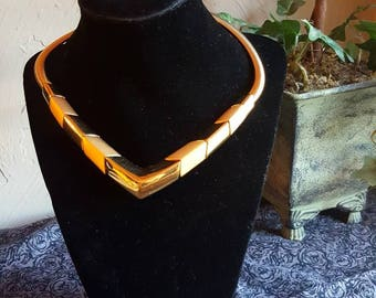 Vintage gold tone Napier necklace