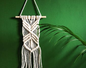 Macrame wall hanging | Boho wall decor | Fibre art | Small macrame | Wall art | Woven wall hanging | Handmade | Gift for her | Mothers day