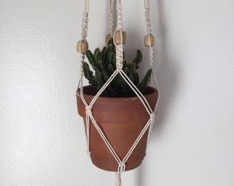 Macramé plant hanger, Plant Hangers, Beaded plant hanger