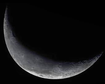 Crescent Moon, Moon Photography, Astrophotography, Moon Picture