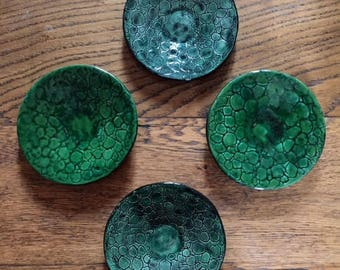 Green saucers (set 4)