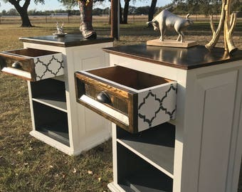 x(SOLD)xCountry Style Nightstands